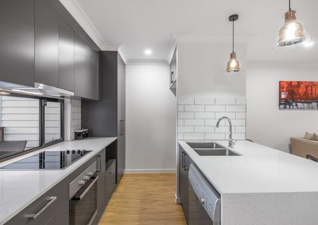 Clean kitchen lines