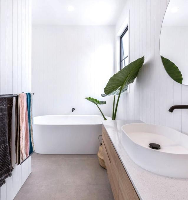 Beach House Bathroom - ideal for narrow rooms