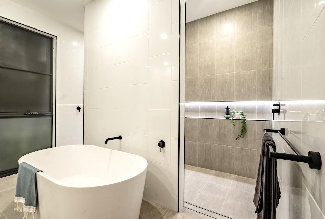 Modern bathroom design - Alroe