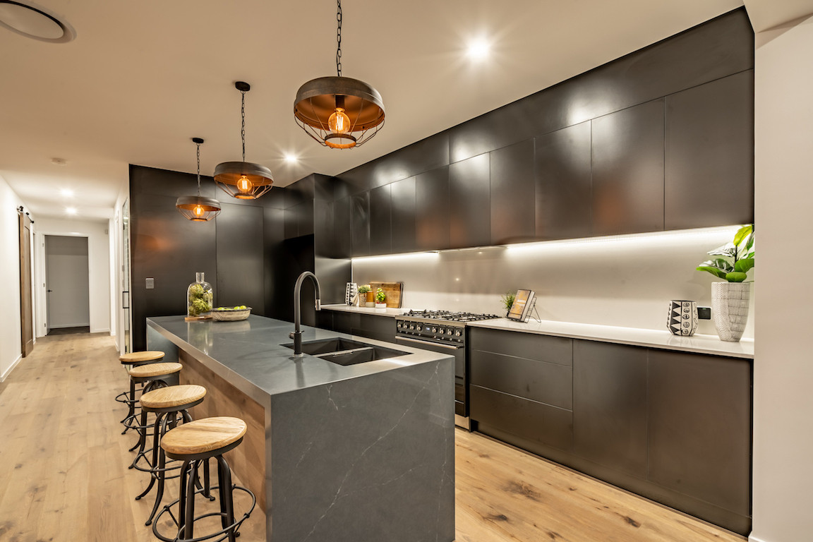 modern inducstrial kitchen by alroe constructions