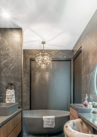 Main ensuite dripped in luxury