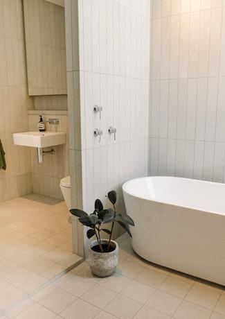Bespoke Luxury by Alroe Constructions.jp