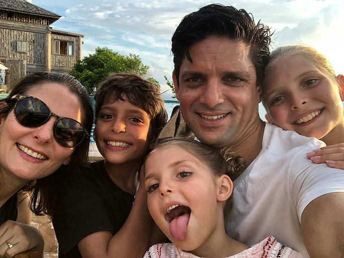 DIRCKZE FAMILY.JPG