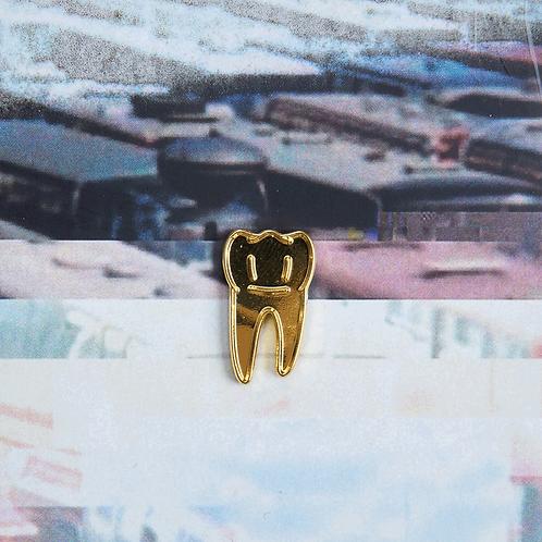 Gouden tand pin
