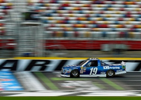 Seesaw Night at Charlotte Leaves Briscoe and Cindric Just Outside Top 10