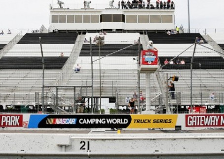 Briscoe Dominates, Late-Race Shuffle Costly For Cindric at Gateway
