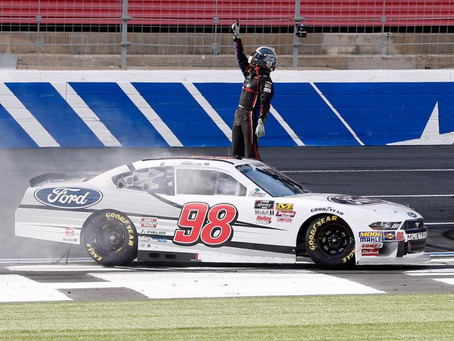 Chase Briscoe gets first Xfinity win in inaugural Charlotte road course race