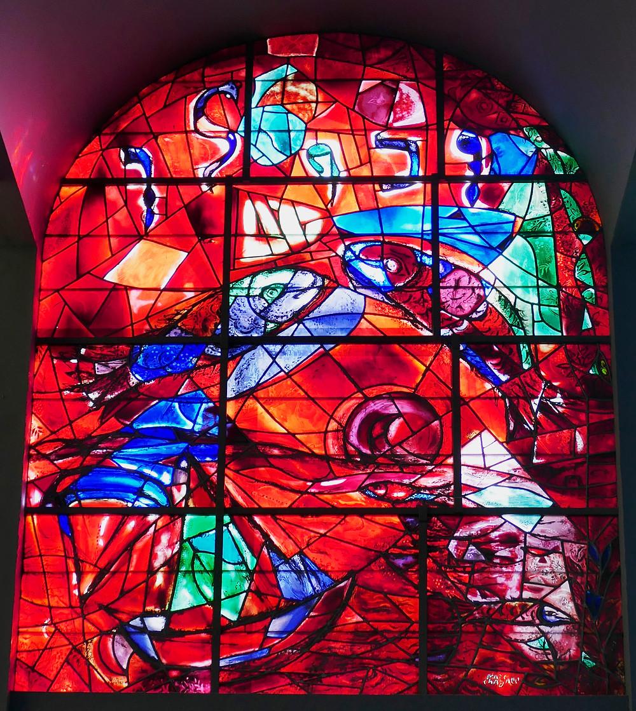 Chagall Fenster Sebulon Fenster mit Fischen