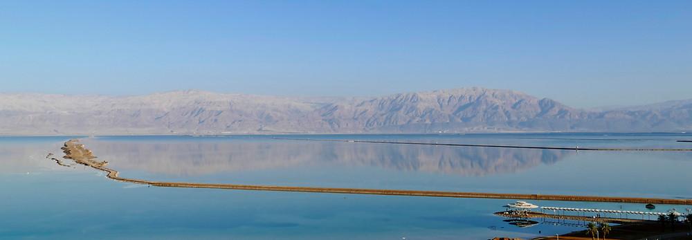 Reflexionen am Toten Meer Ein Bokeq