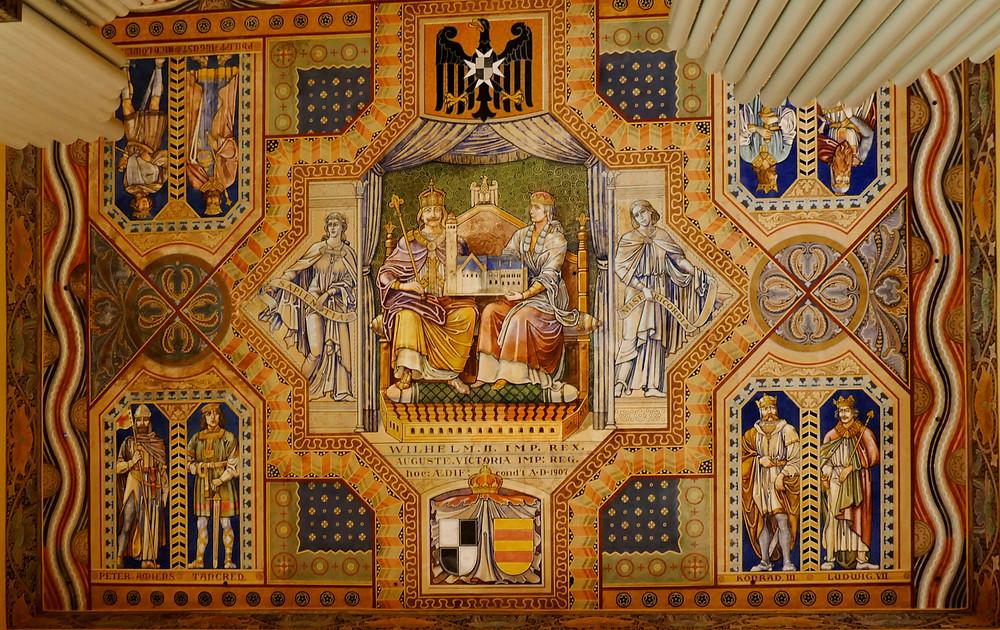 Auguste Vikatoria, evangelische Himmelfahrtskirche auf dem Ölberg, Jerusalem - Deckenmalerien Kaiser und Kaiserin in Kreuzfahrer Kleidung