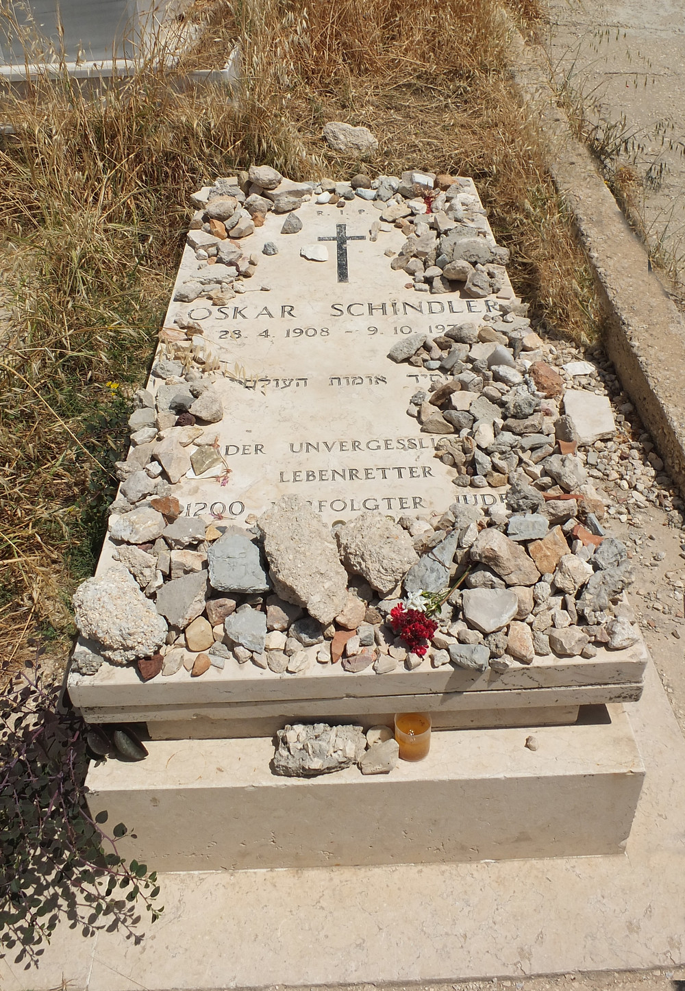 Oskar Schindlers Grab auf dem Zion Berg in Jerusalem