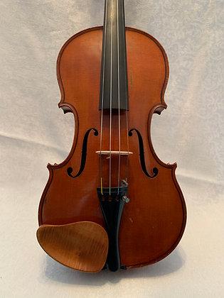 Arnold Voigt Violin