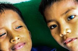 Niños (Limoncocha, Ecuador)