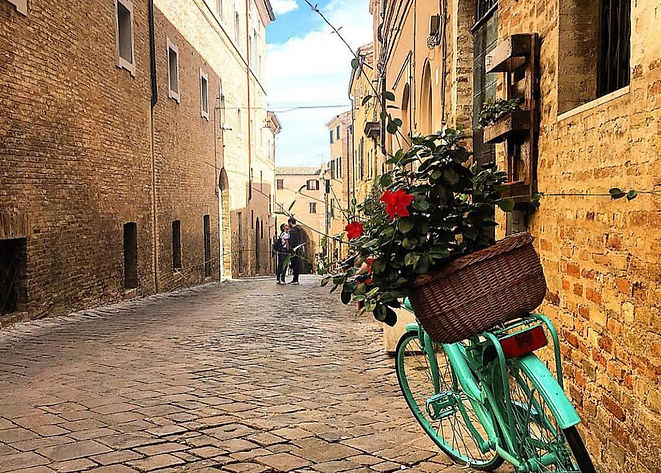 Lovely towns in Le Marche