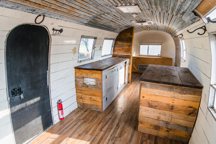 2020 Airstream Glamping 31 ft USA Light-
