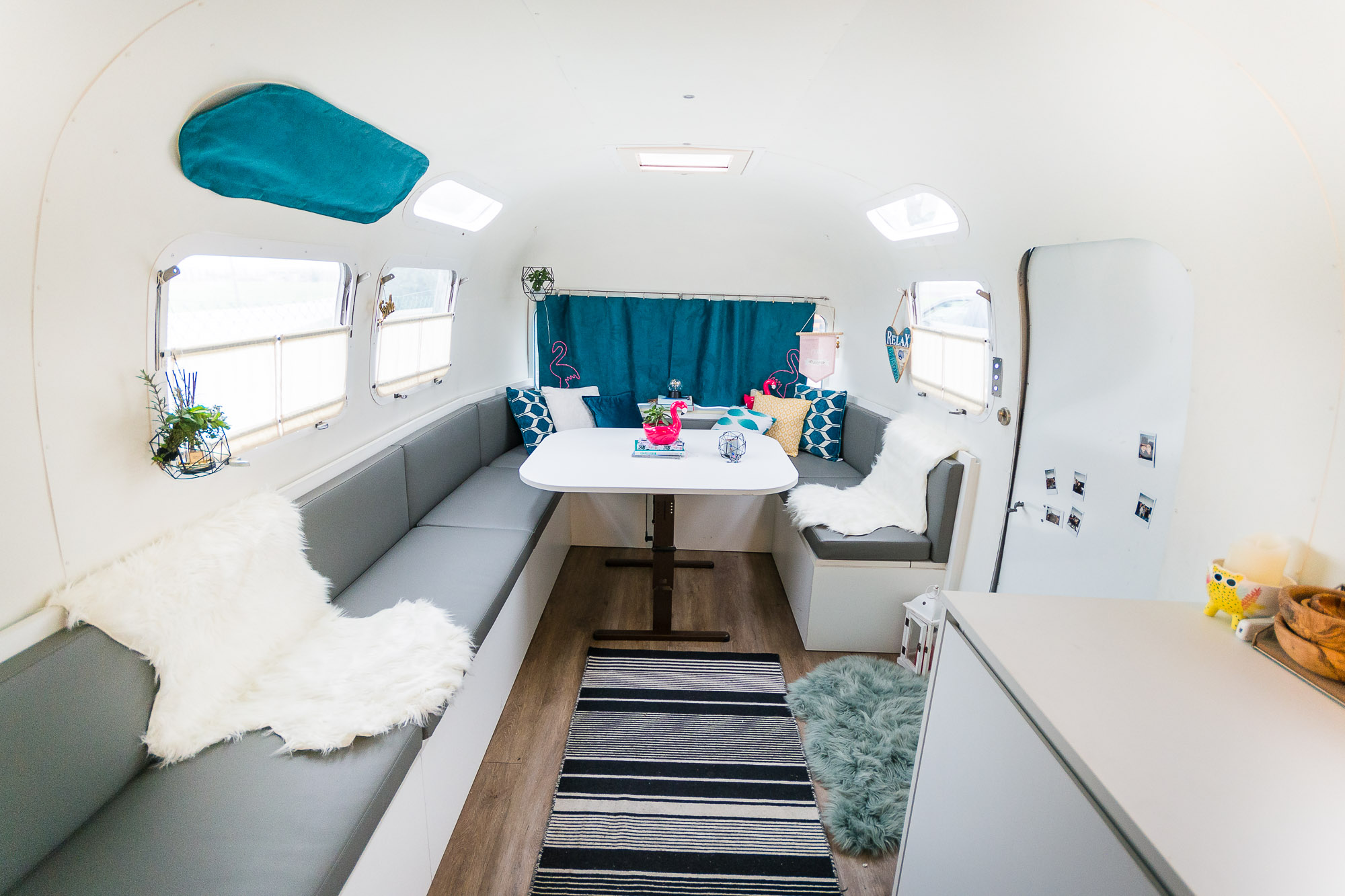 2020 Airstream Glamping 31ft jpg-17