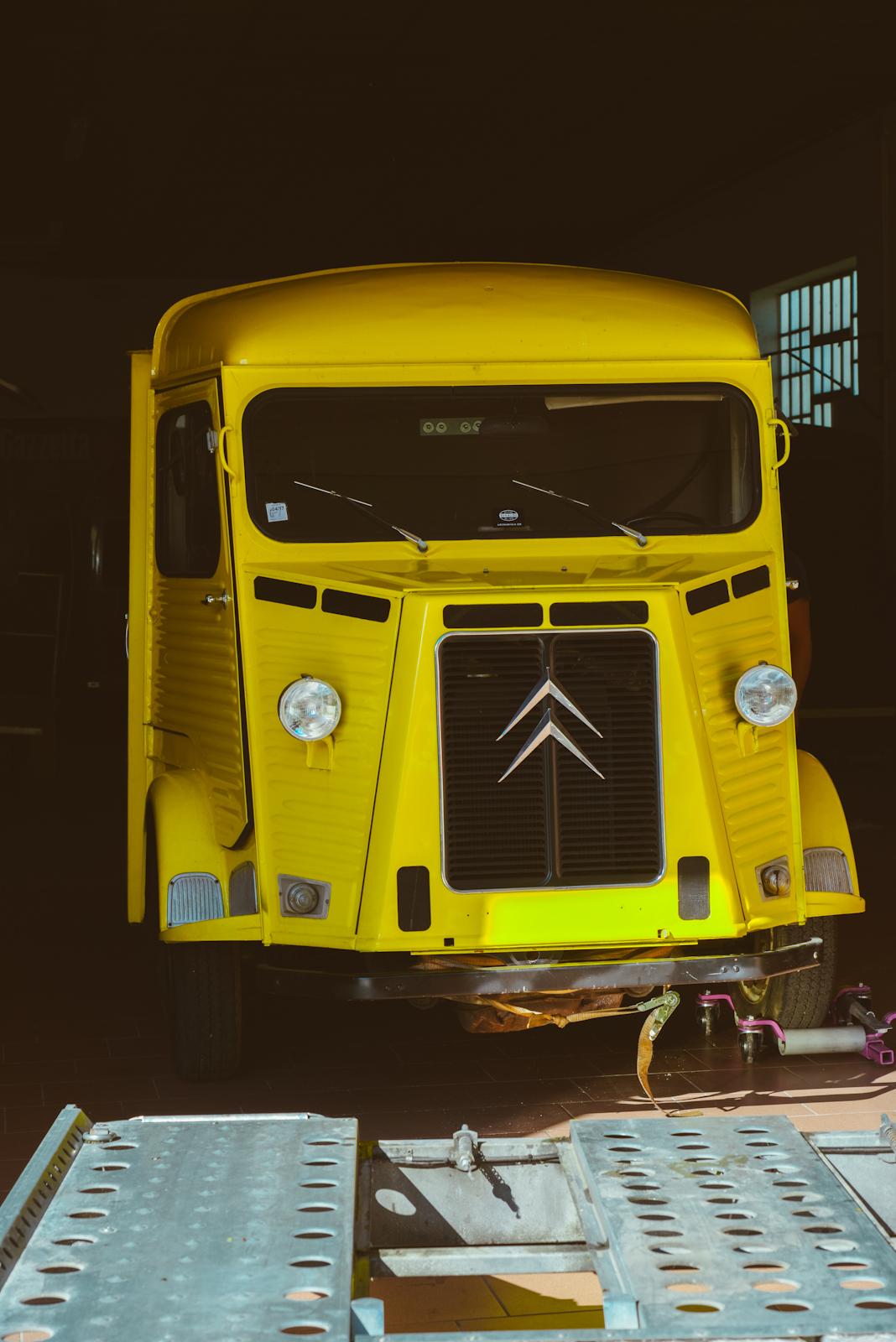 citroen HY truck by officine vivaldi 8