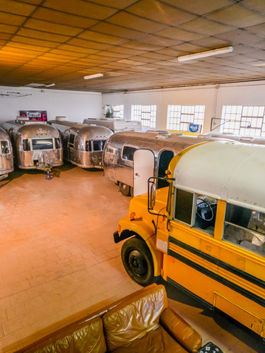 School Bus ed Airstream -1.jpg