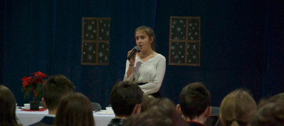 Justyna śpiewa kolęde