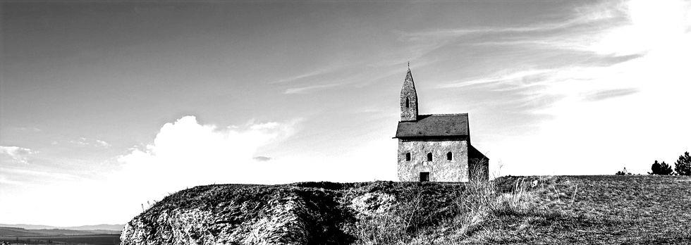 church-835201_1920_edited_edited_edited.