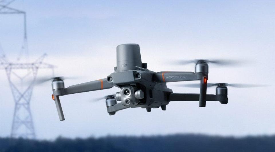 DJI-Mavic-2-Enterprise-Advanced-vliegend