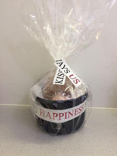 giftbasket.bathsalt.happiness.jpg