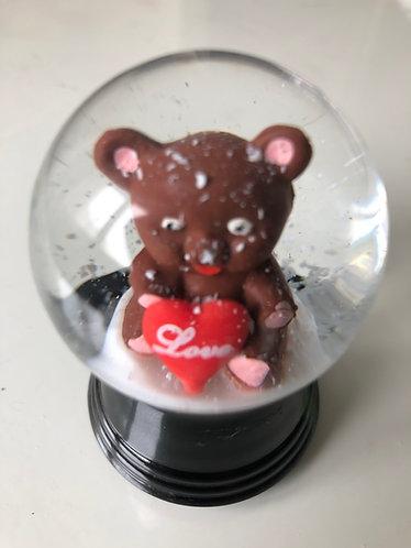 Schneekugel mit Bär Love