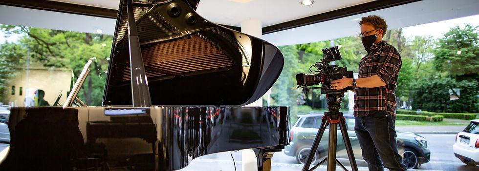 Steinway Haus_17.05_edited.jpg