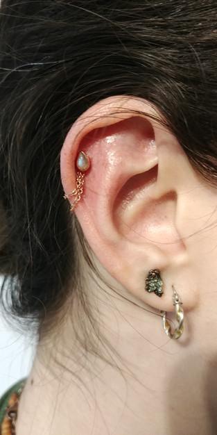 earlobepiercings cartilage teardropearri