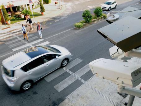 Refuser la priorité àun piéton passe de 4 à 6 points en moinssur votre permis