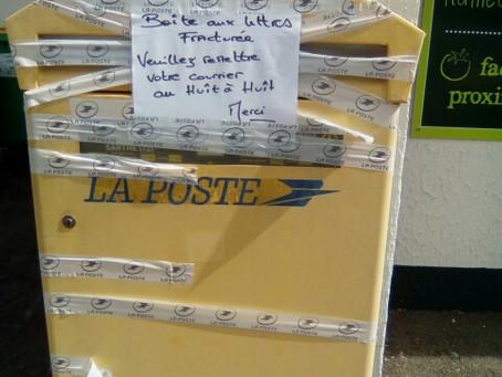 Ruaudin :Boîte aux lettres détériorée