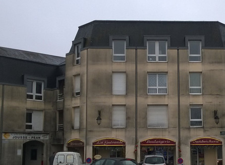 """""""Centre bourg de Ruaudin... Avez-vous déjà vu plus hideux ?"""""""