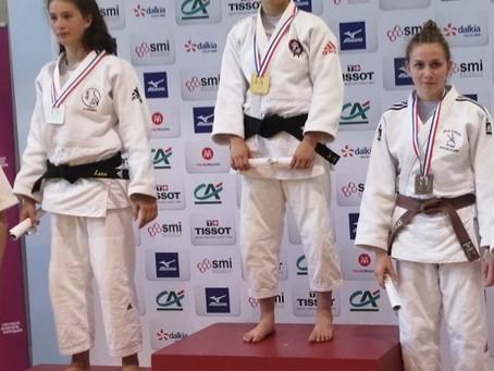 Swann sur le podium aux championnats de France