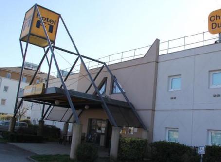 Hotel F1 vendu pour des demandeurs d'asile sans avertir lemaire