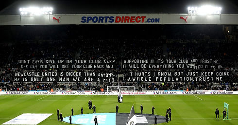 Newcastle-United-v-Burnley-Premier-Leagu