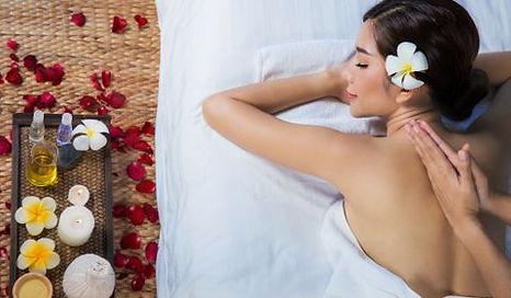 Bienfaits huiles essentielles Jasmin - Massage Thaï Paris 14
