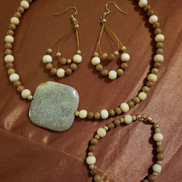 Coral and Wood Necklace Set