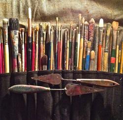 Brushes & Knives