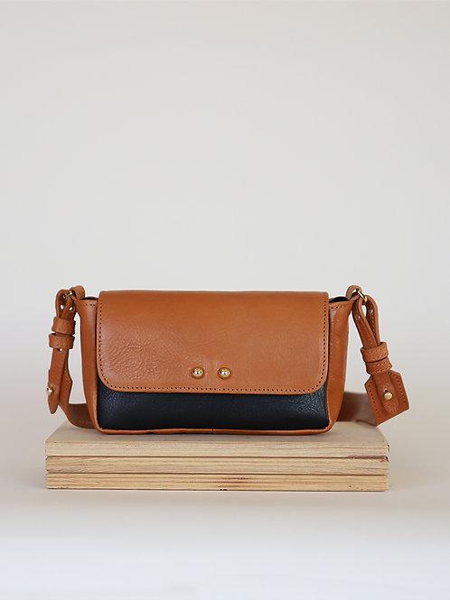 Leather bag Sugar Love black / camel
