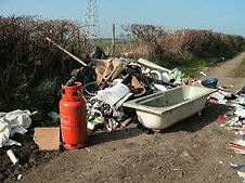 """<img src=""""image of damage fly-tippers do house clearance kilmarnock.jpg"""" alt=""""house clearance kilmarnock"""">"""