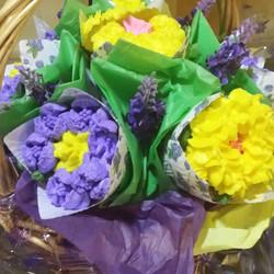 Floral Bouquet Basket_edited