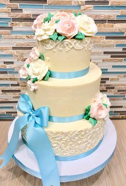 Buttercream Scroll Design Cake
