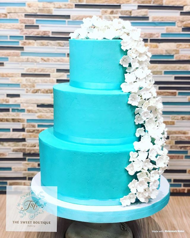 Hibiscus Wedding Cake Design