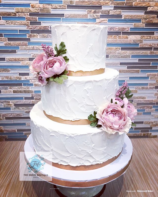 3 Tier Buttercream Wedding Cale