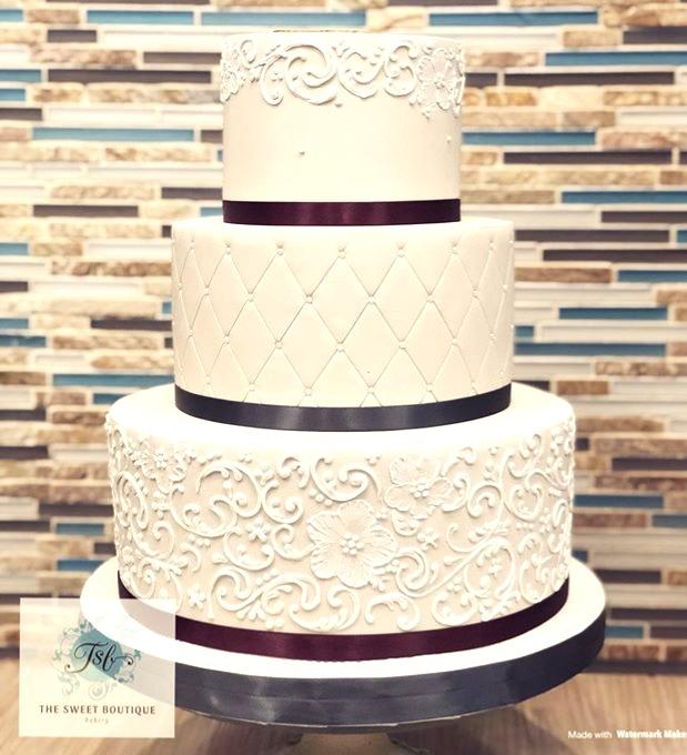 Scroll Work Wedding Cake Design