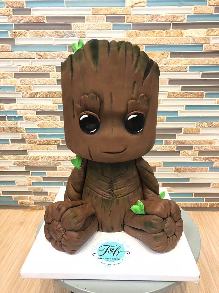 3D Sculpted I am Groot Cake