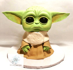3D Sculpted Baby Yoda Cake