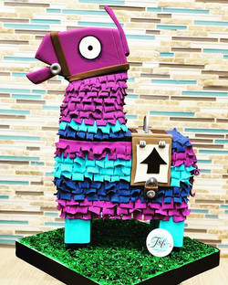 Fortnite Loot Llama Cake! Thank you High