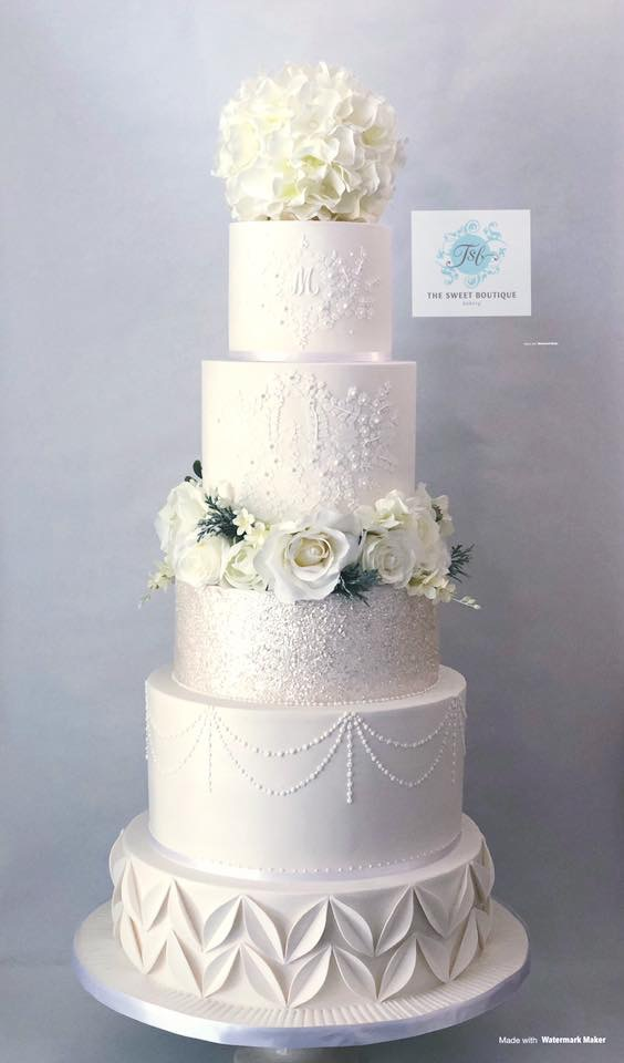 Garden Lace Modern Wedding Cake