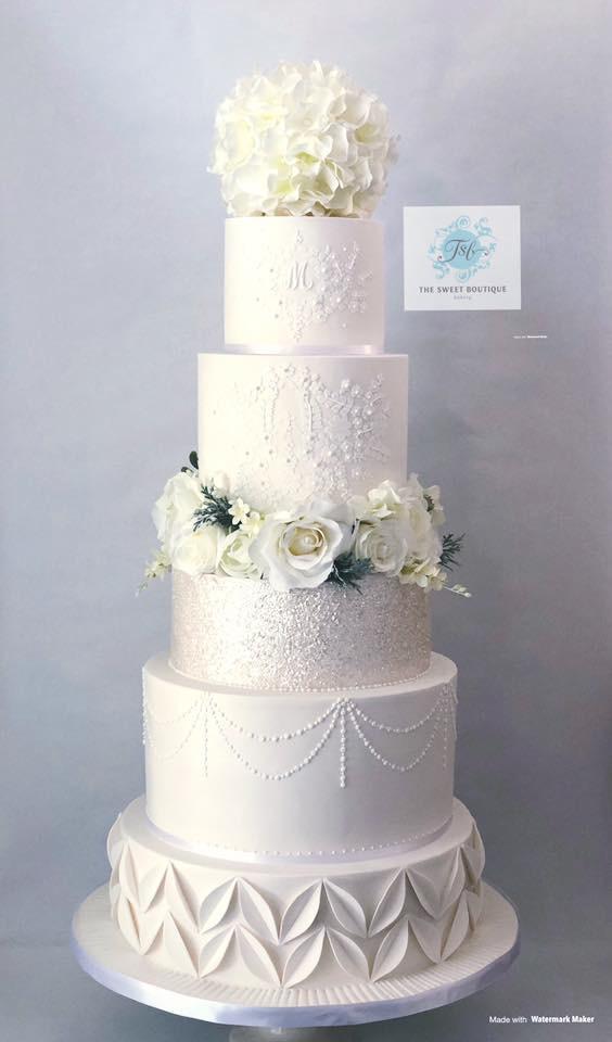 Garden Lace Modern Wedding Cake